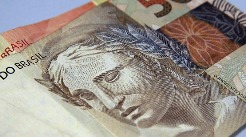 Caixa paga auxílio residual para beneficiários do Bolsa Família