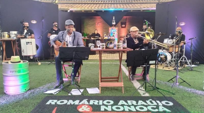 Live de Romário Araújo e Nonoca arrecadam duas toneladas de alimentos