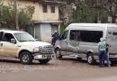 Colisão entre caminhonete e van deixa duas mulheres feridas em Itabira